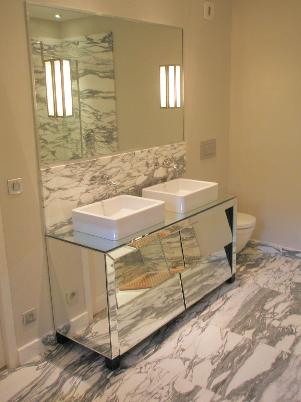 Ванная комната из мрамора Арабескато2