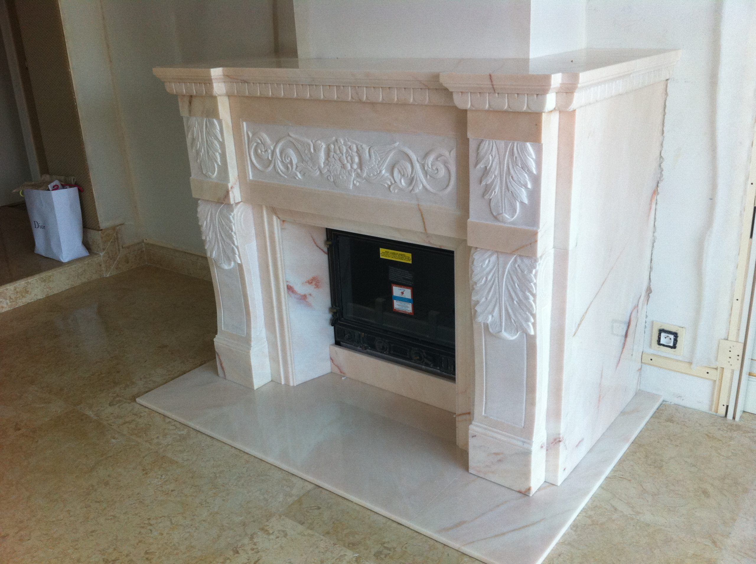 Marble Fireplace realized in Pink Portugal 2