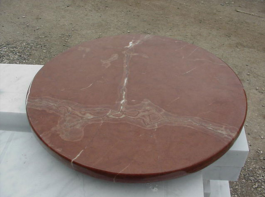 Round Table in Carrara marble