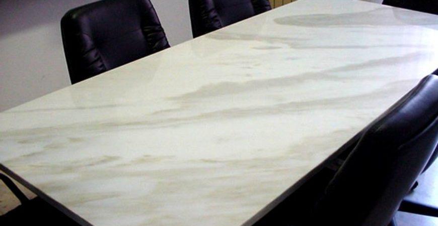 Tavolo in Marmo Calacatta